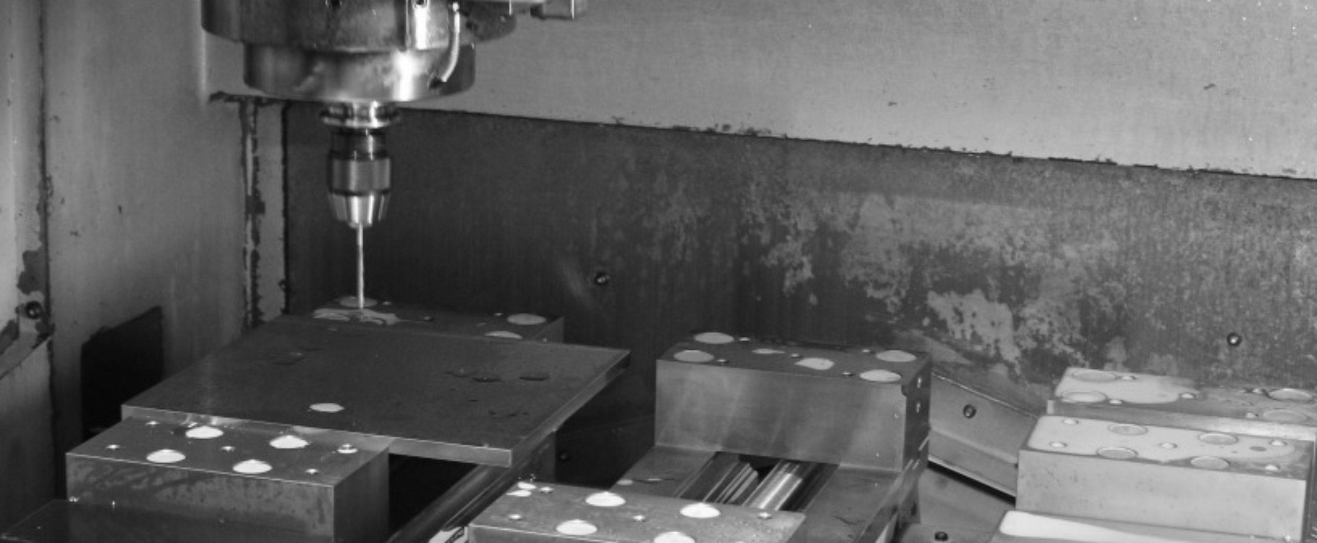機械加工、金属加工、旋盤加工、マシニング加工は鳥取県の川口精工にお任せください。